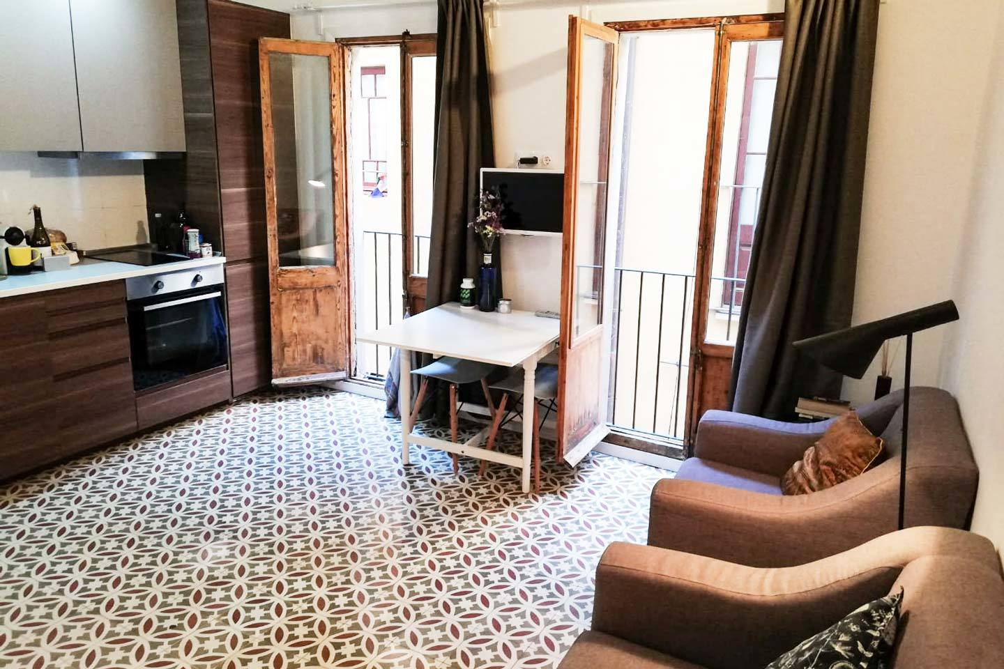 barcelona apartment airbnb