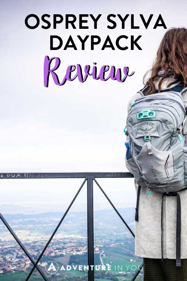 Osprey Sylva Review | Looking for a good day pack to use for both work and travel? Take a look at our review for the Sylva Day Pack by Osprey #bagreview