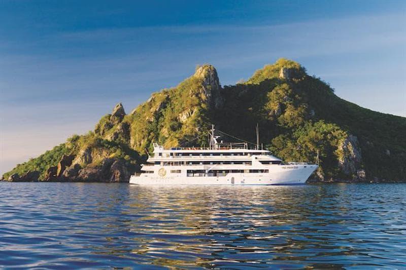 fiji princess boat