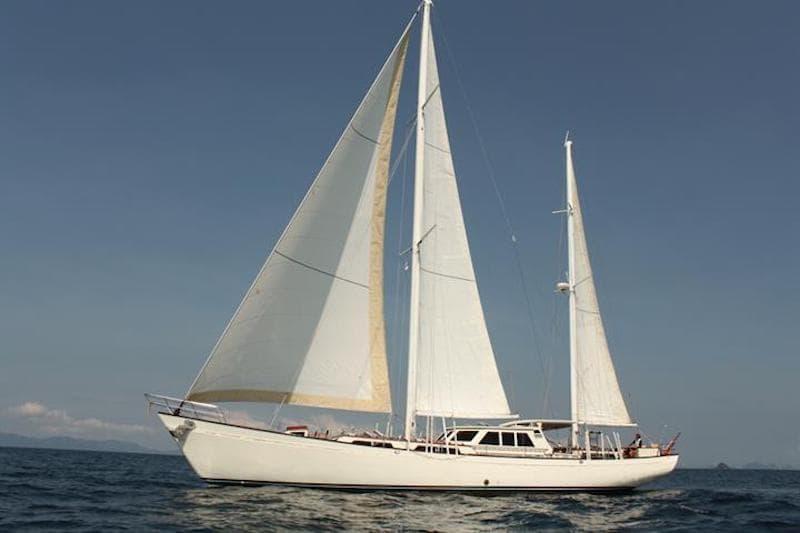 meta iv boat