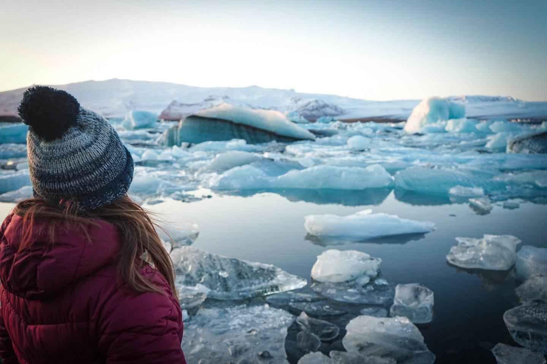 Anna glacier lagoon