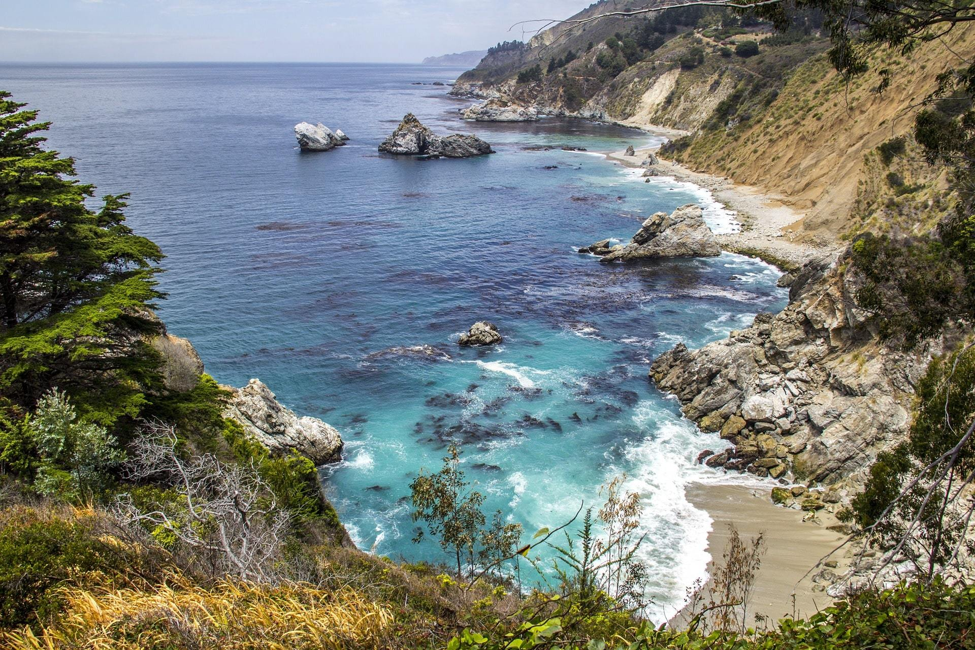 ocean with rocks on california coast